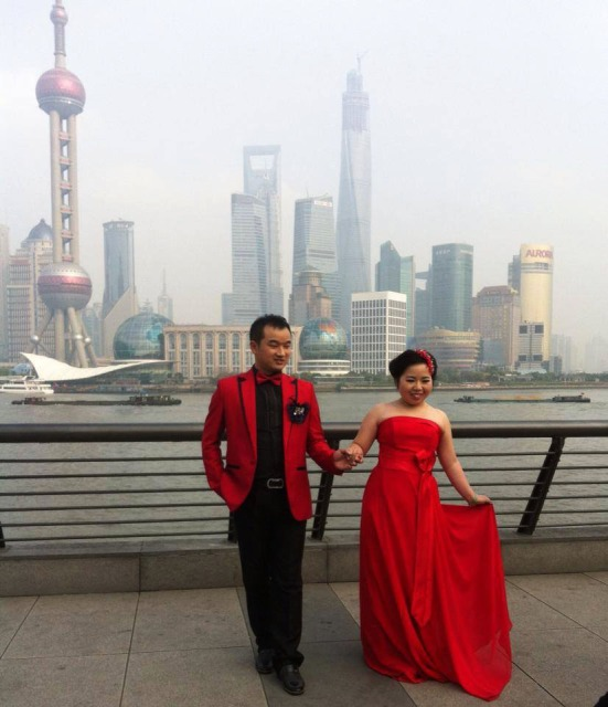 Shanghai bride and groom red